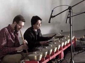 Two members of Gong Gaada performing