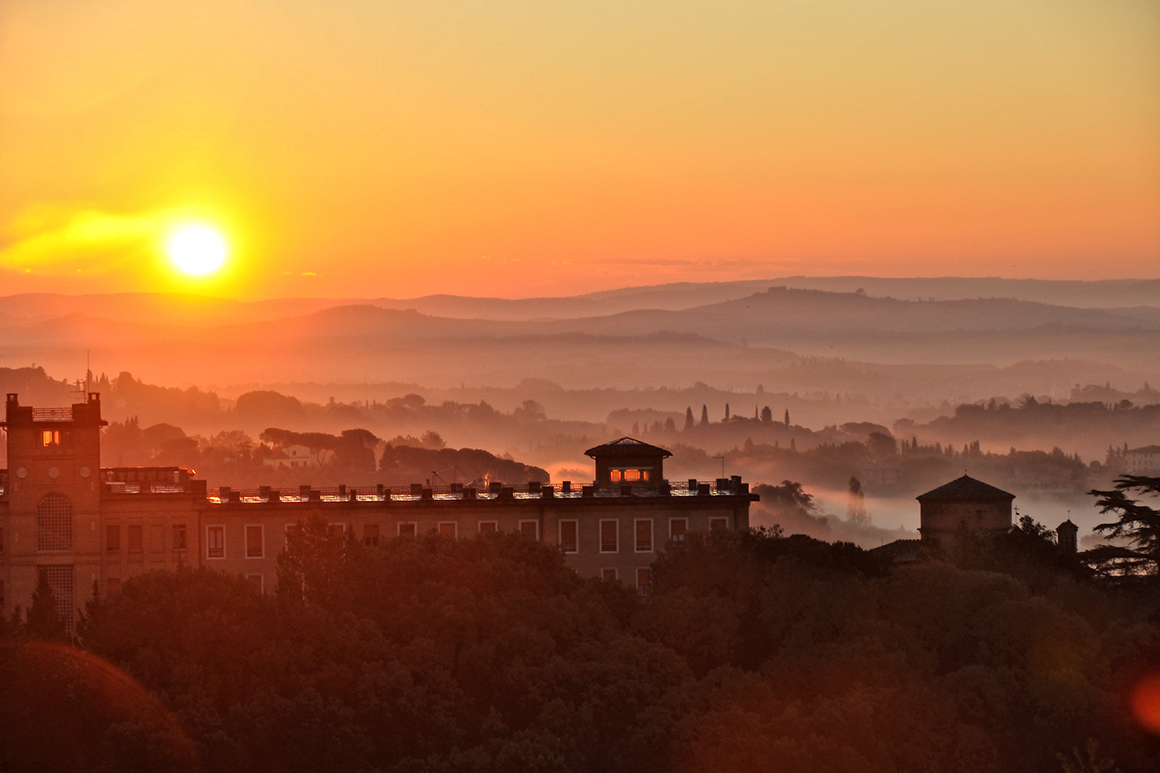 Photo of sunrise in Siena, Italy by Annie Elbadawi '20.