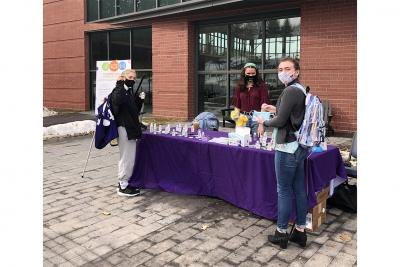 Student Health Ambassadors set up in front of the Jo.